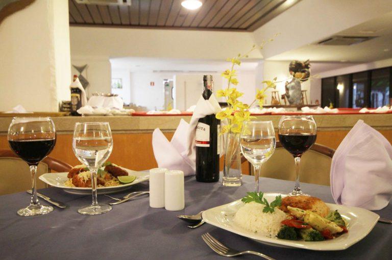 hotel maceio atlantic suite restautante2